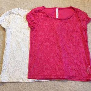 ⭐️SALE⭐️ EUC Aero lace short-sleeve shirt bundleXS